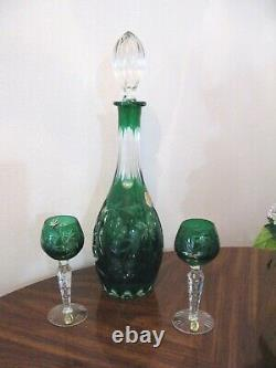 DRESDEN CUT TO CLEAR HAND CUT 24% LEAD CRYSTAL DECANTER & 2 GOBLETS in GREEN