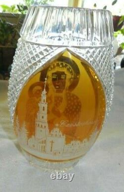 Lead crystal hand cut vase with Madonna & Christ Child and Church on Reverse