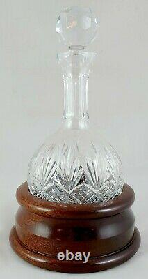 Mahogany Hogget Base with 24% Hand Cut Lead Crystal Hogget Decanter (N0.43 502)